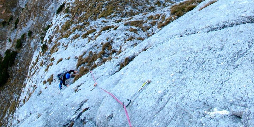 Kletterer im Nachstieg von oben fotografiert.